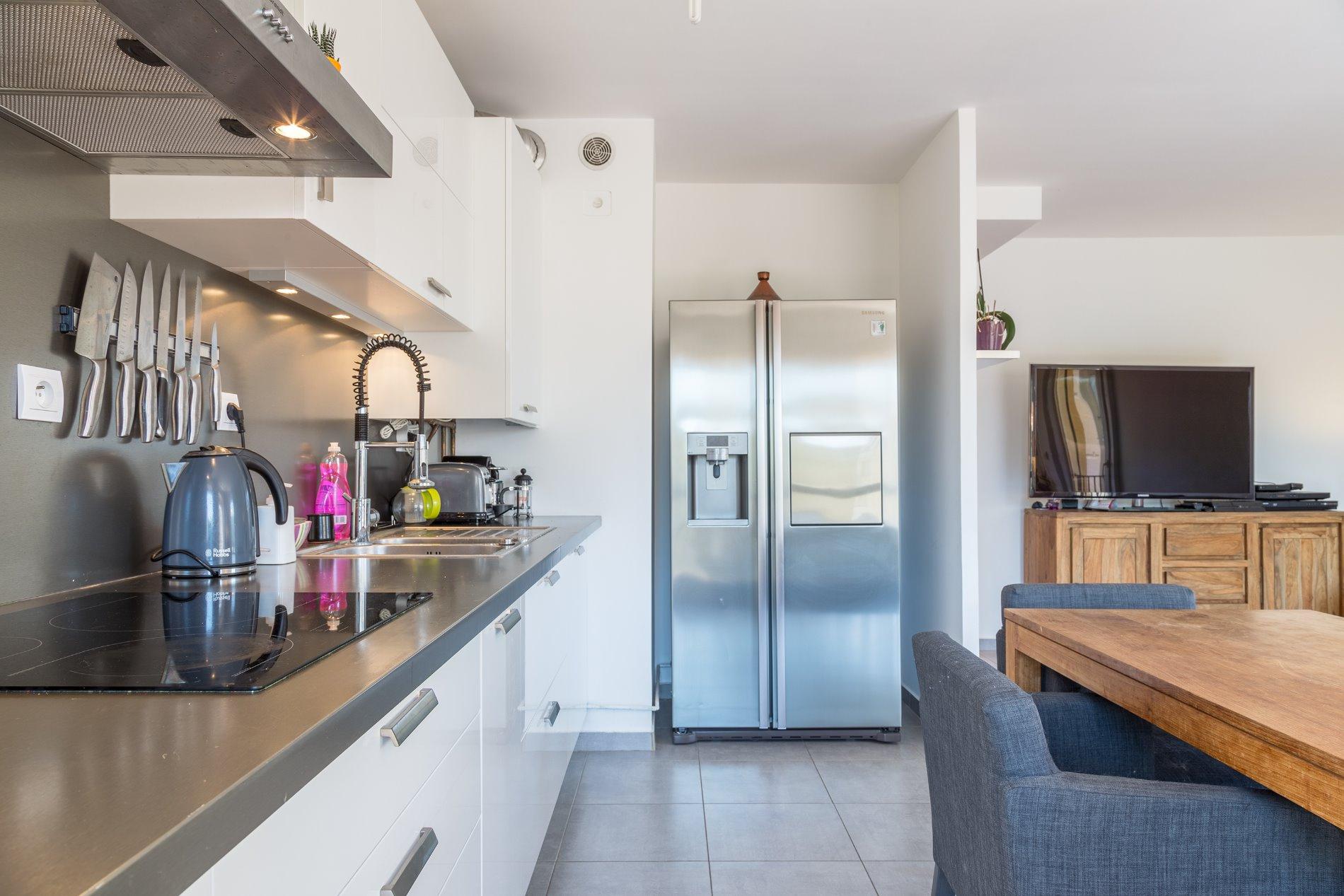 annonce vente appartement aubagne 13400 83 m 204 400 992738374308. Black Bedroom Furniture Sets. Home Design Ideas