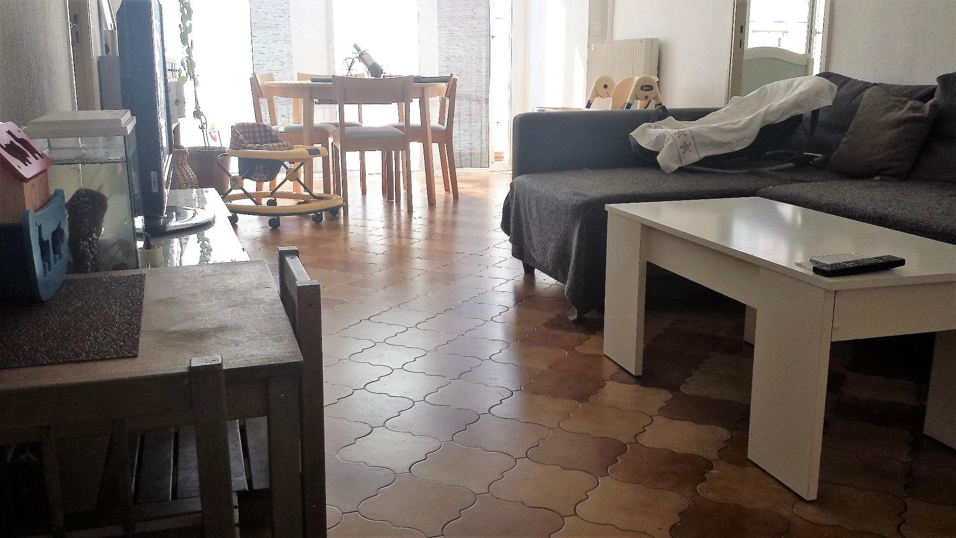 annonce vente appartement aubagne 13400 57 m 134 800. Black Bedroom Furniture Sets. Home Design Ideas