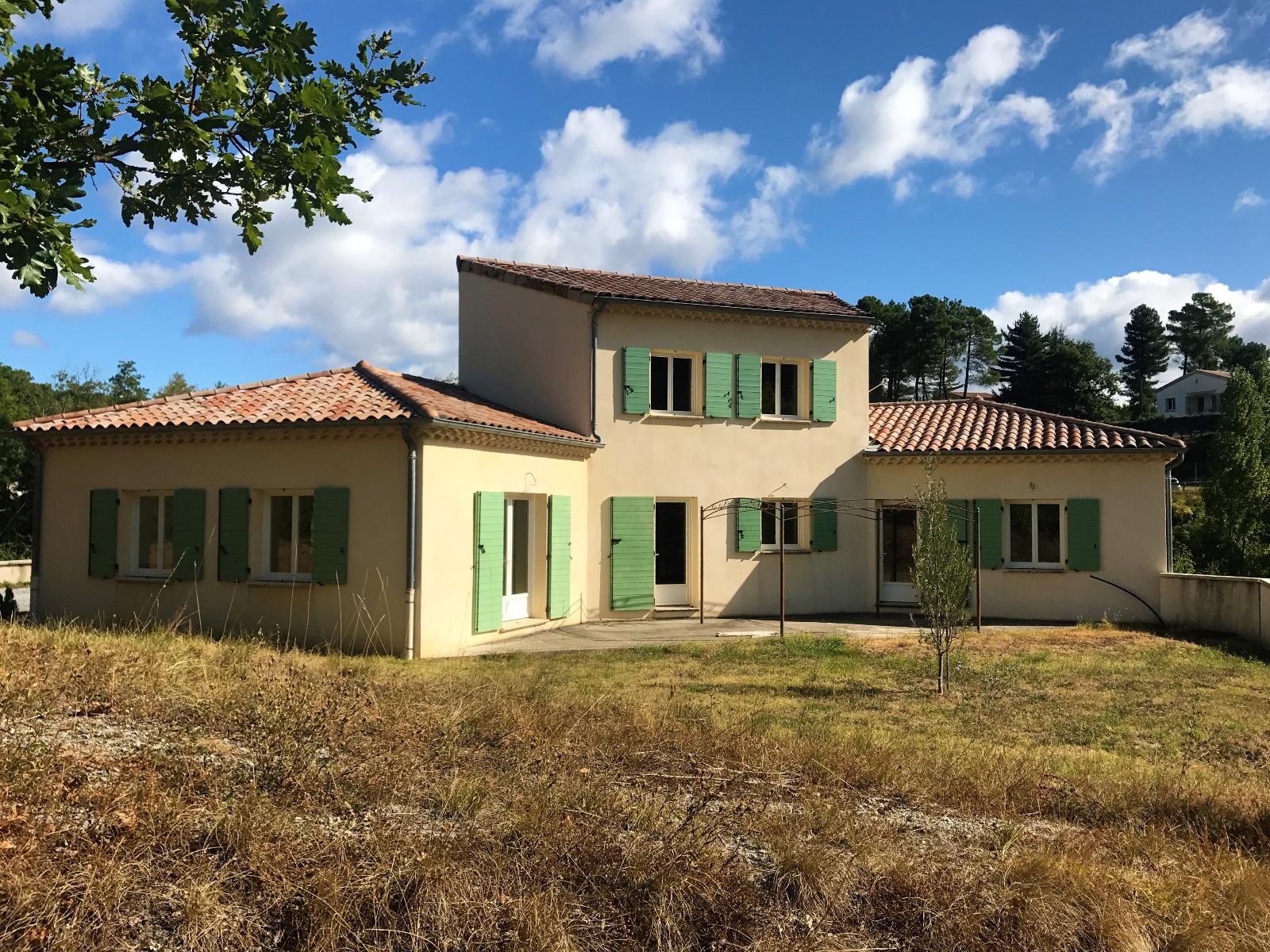 Annonce vente maison aubenas 07200 198 m 350 000 for Vente maison appartement